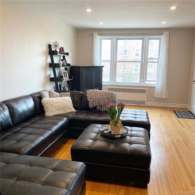 Photo of 101 Old Mamaroneck Road #1 C3, White Plains, NY 10605 (MLS # H6097978)