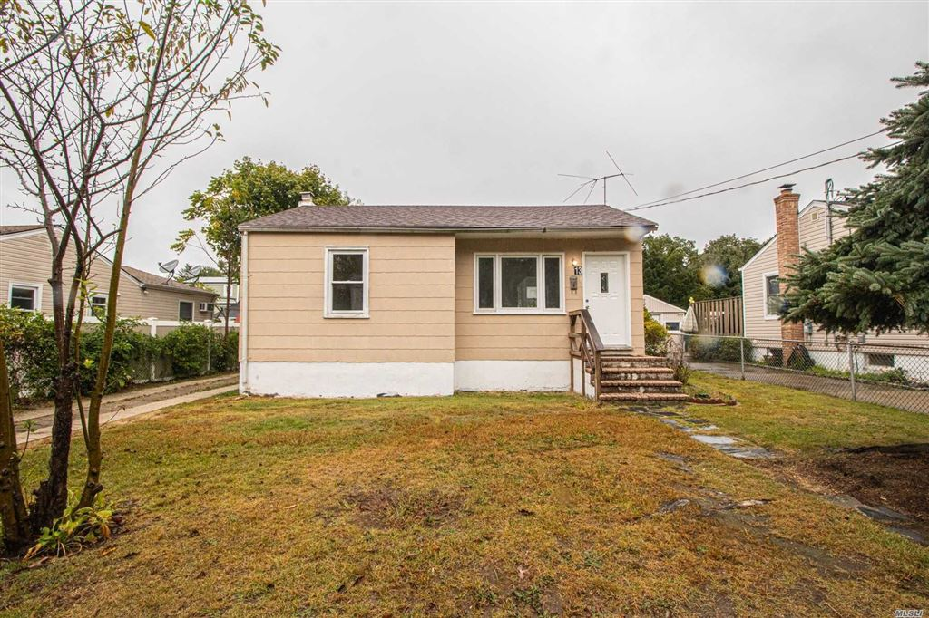13 24th Street, Copiague, NY 11726 - MLS#: 3169979