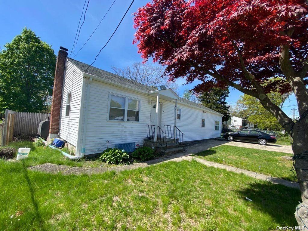 70 New Hampshire Avenue, Bay Shore, NY 11706 - MLS#: 3310979