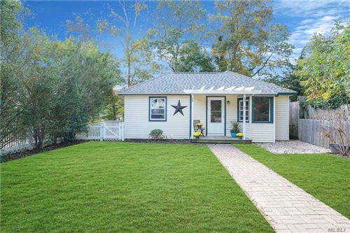 Photo of 15 Locust Rd, Wading River, NY 11792 (MLS # 3262980)