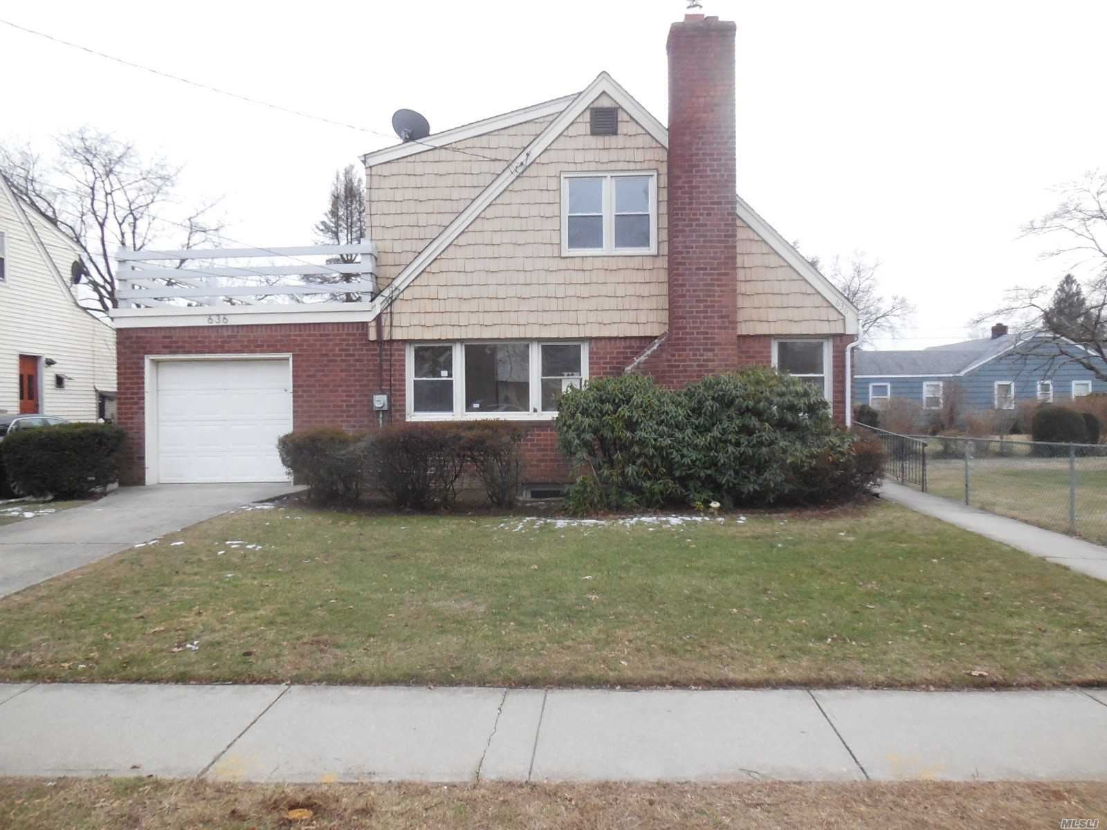 636 Christie Street, Hempstead, NY 11550 - MLS#: 3142980