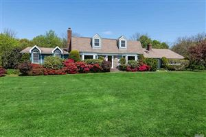 Photo of 60 Hunters Dr, Muttontown, NY 11791 (MLS # 3121981)
