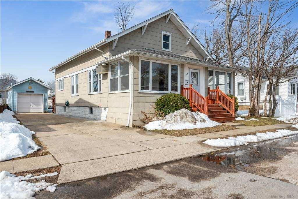 22 Gordon Place, Freeport, NY 11520 - MLS#: 3289981
