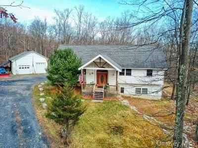 Photo of 10 Deneken Hill Lane, Pine Bush, NY 12566 (MLS # H6086981)