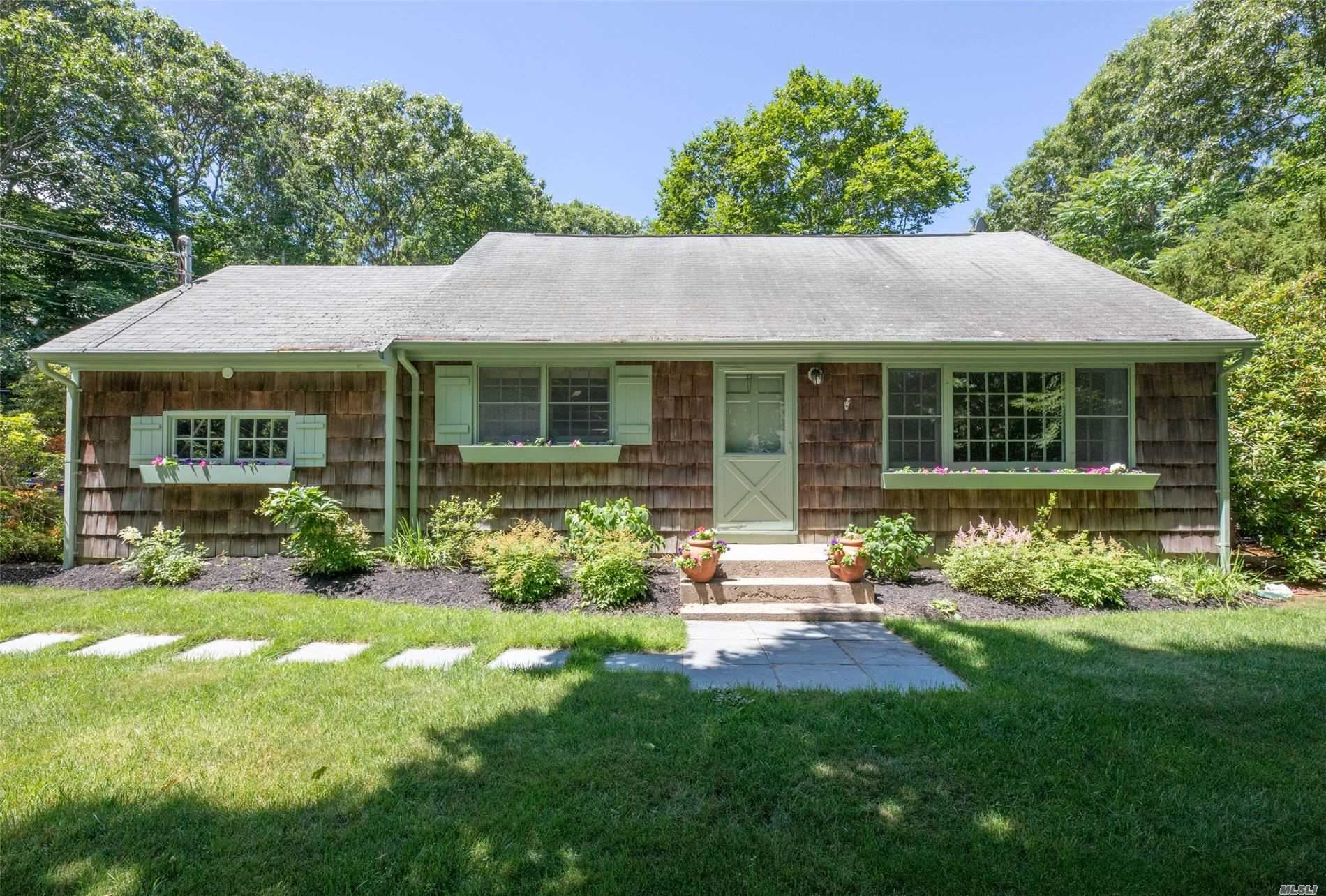 111 Overhill Rd, Wading River, NY 11792 - MLS#: 3226983
