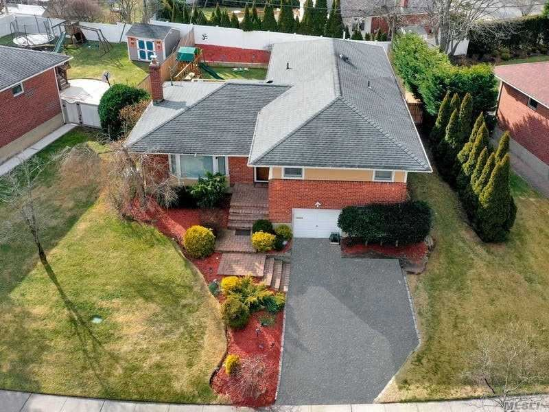39 Glenwood Rd, Plainview, NY 11803 - MLS#: 3282983