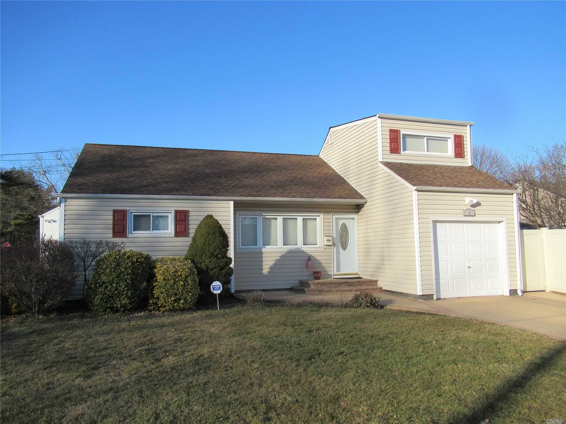 3 Thelma Place, Deer Park, NY 11729 - MLS#: 3201984