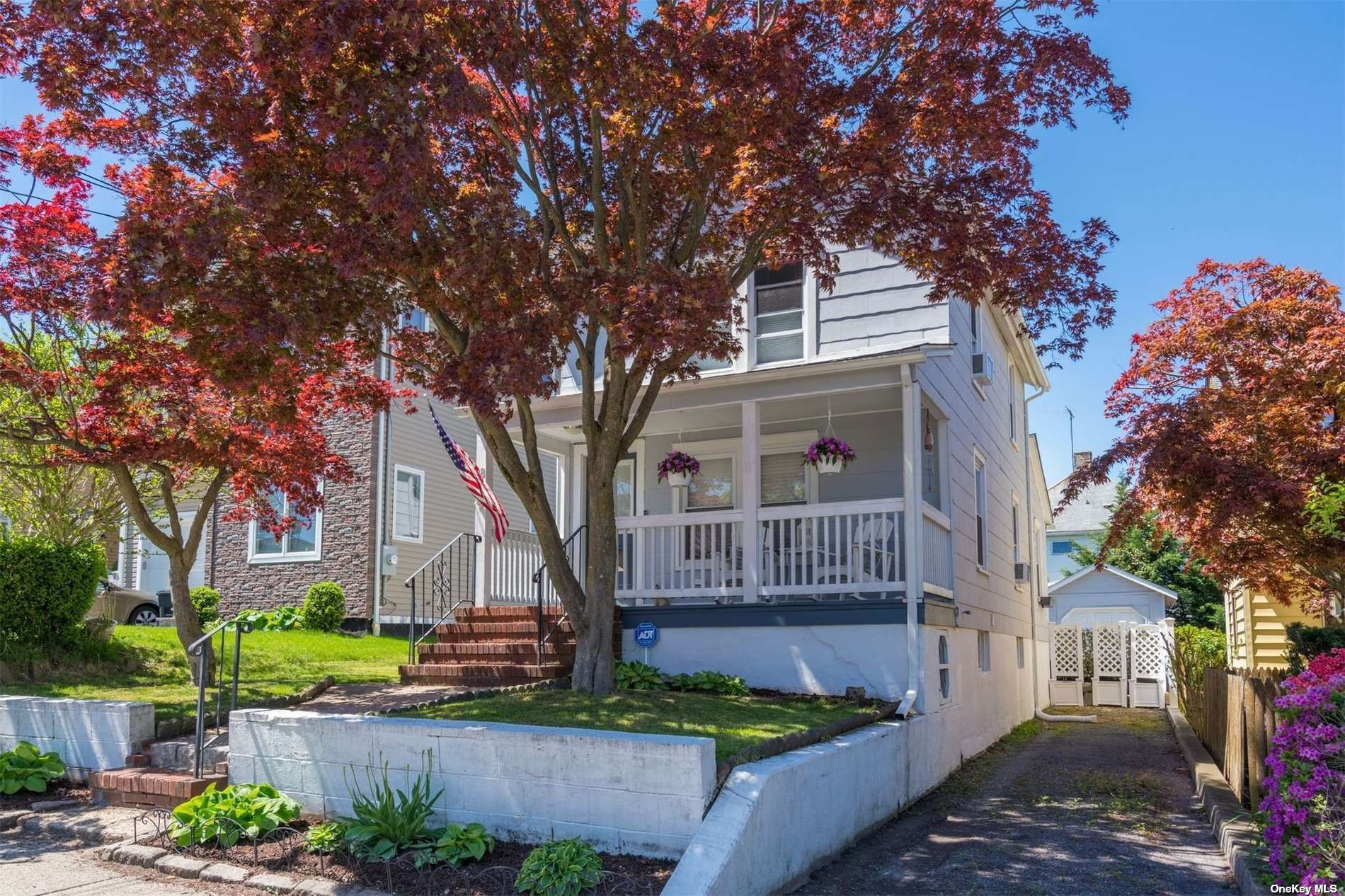 18 Evergreen Avenue, Port Washington, NY 11050 - MLS#: 3310985