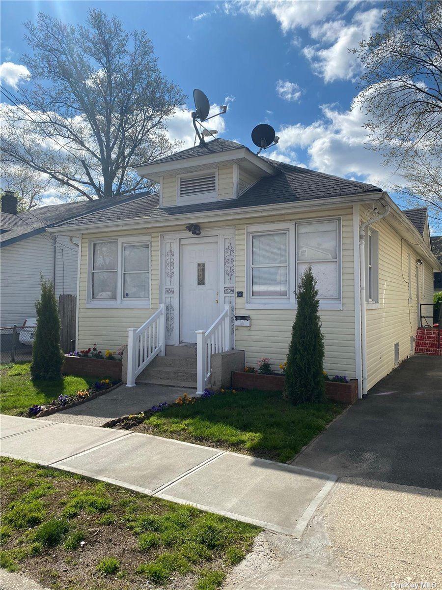 66 Van Cott Avenue, Hempstead, NY 11550 - MLS#: 3309990