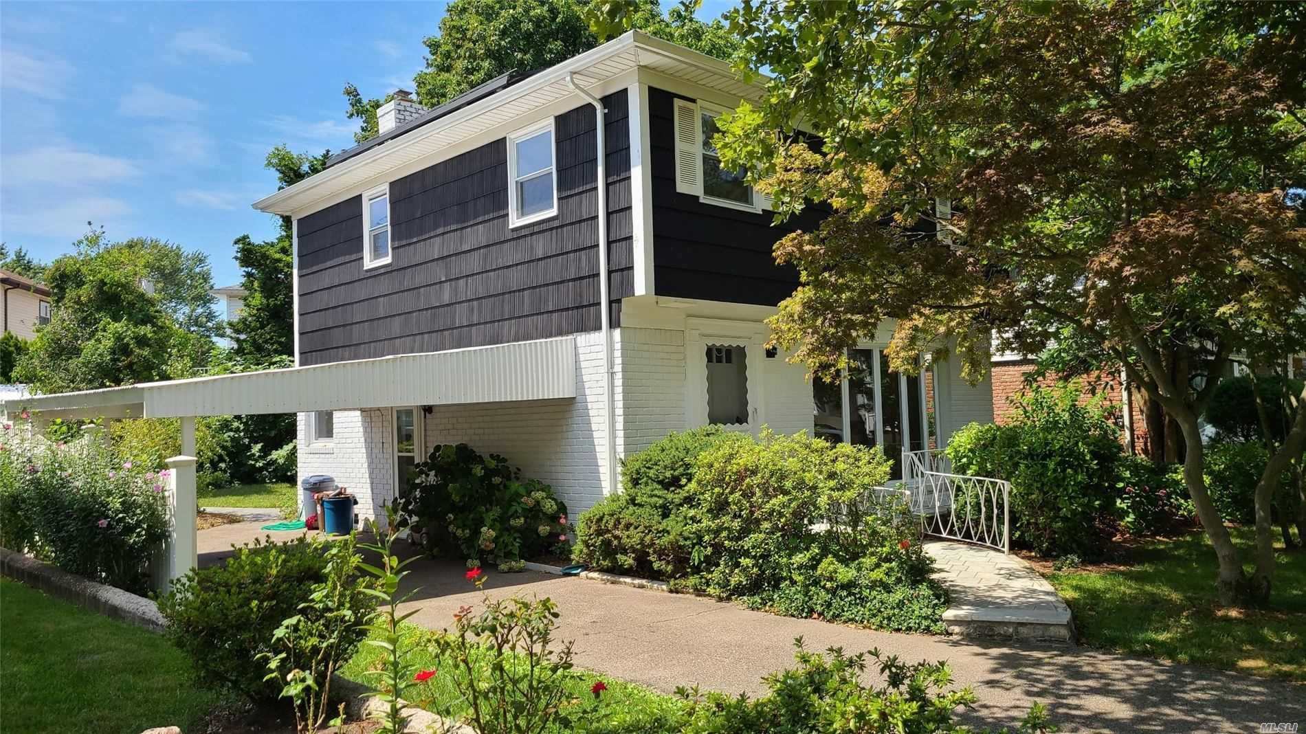 5710 Hewlett Street, Little Neck, NY 11362 - MLS#: 3242995