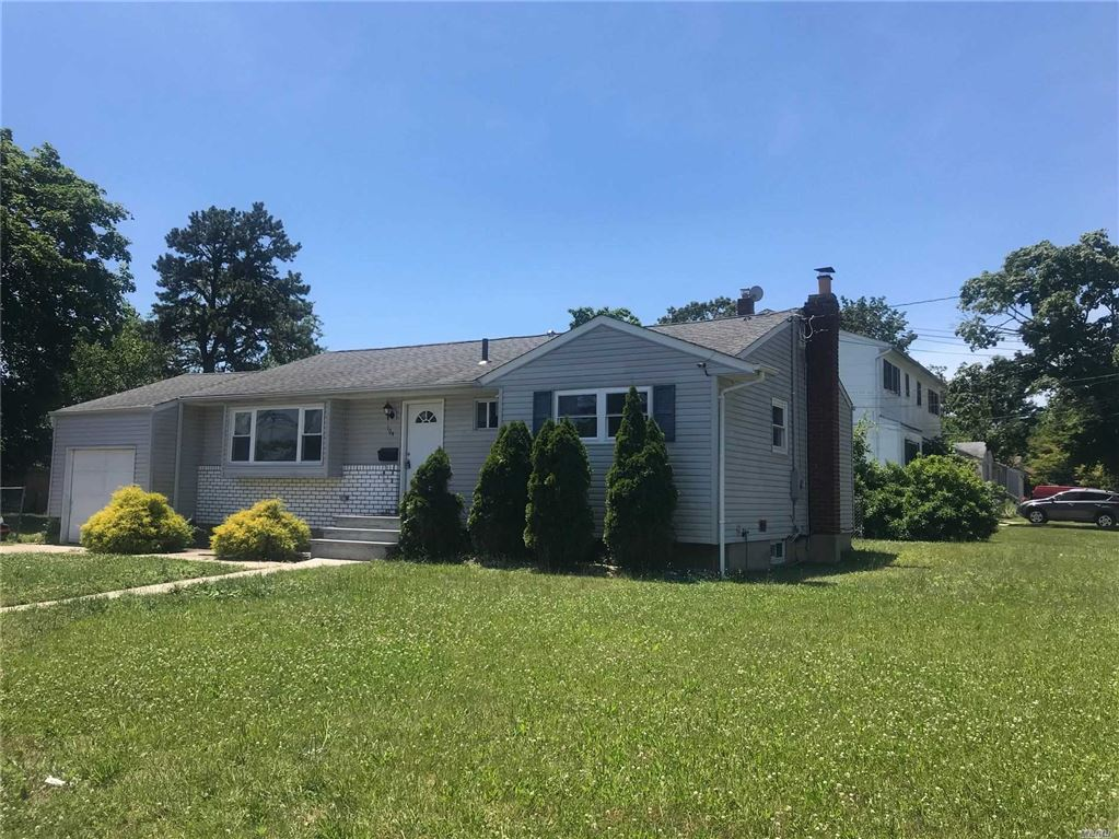 194 Gibson Avenue, Brentwood, NY 11717 - MLS#: 3144996