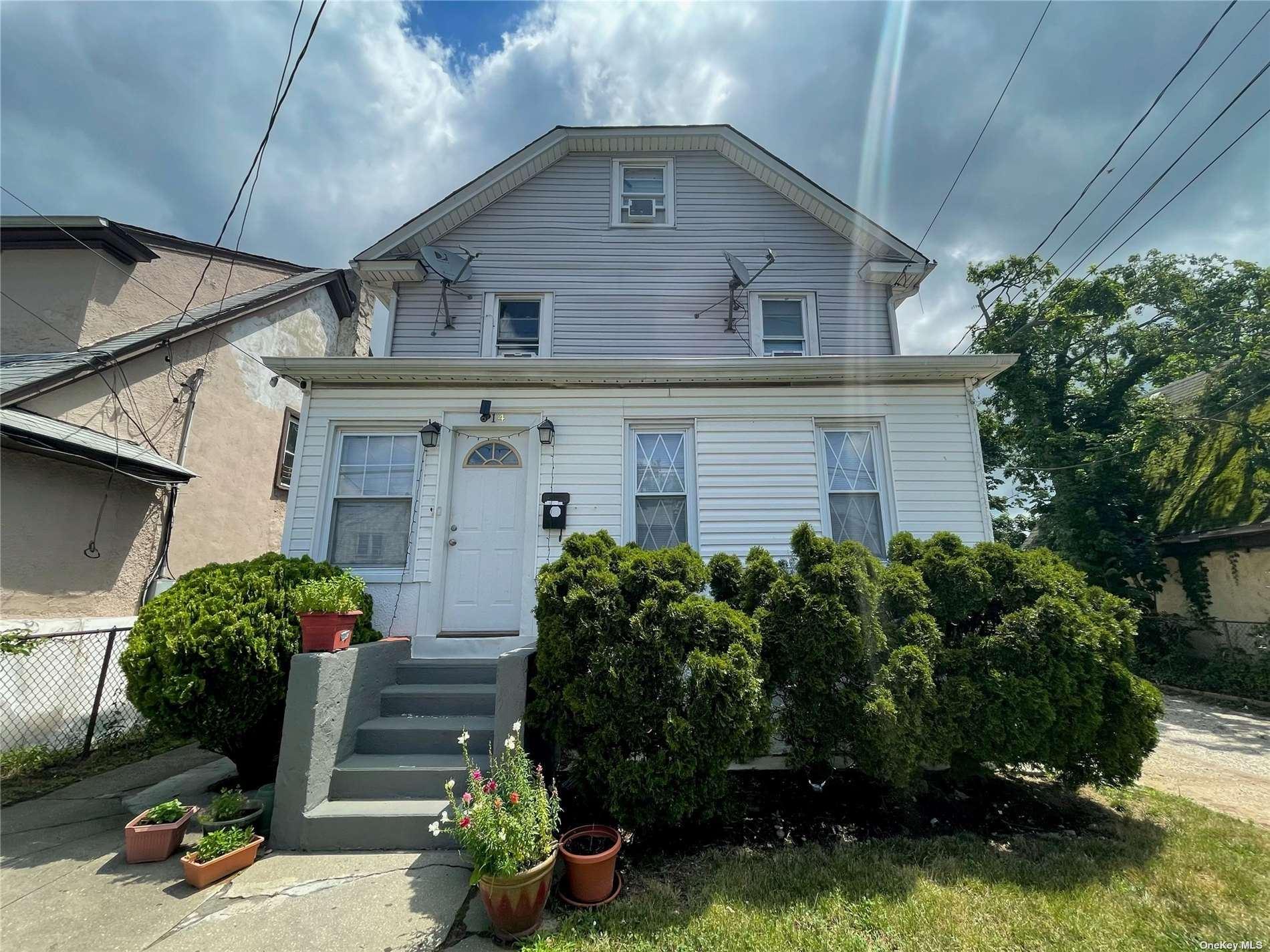 14 W End Avenue, Inwood, NY 11096 - MLS#: 3326996