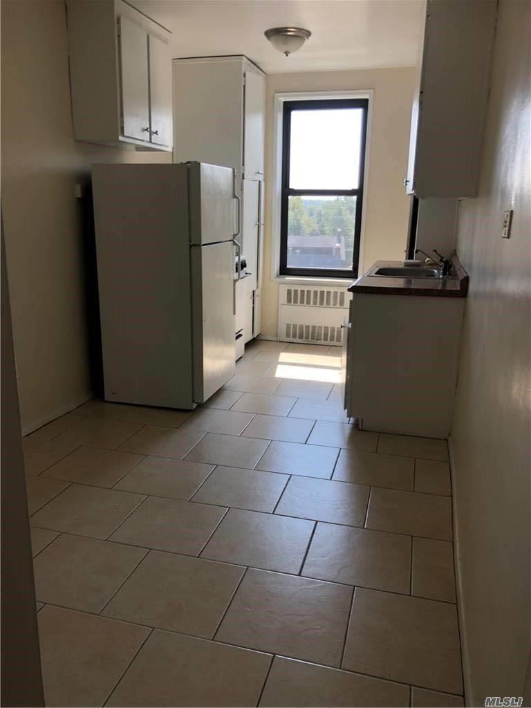 209-10 41 Avenue #5t, Bayside, NY 11361 - MLS#: 3254997