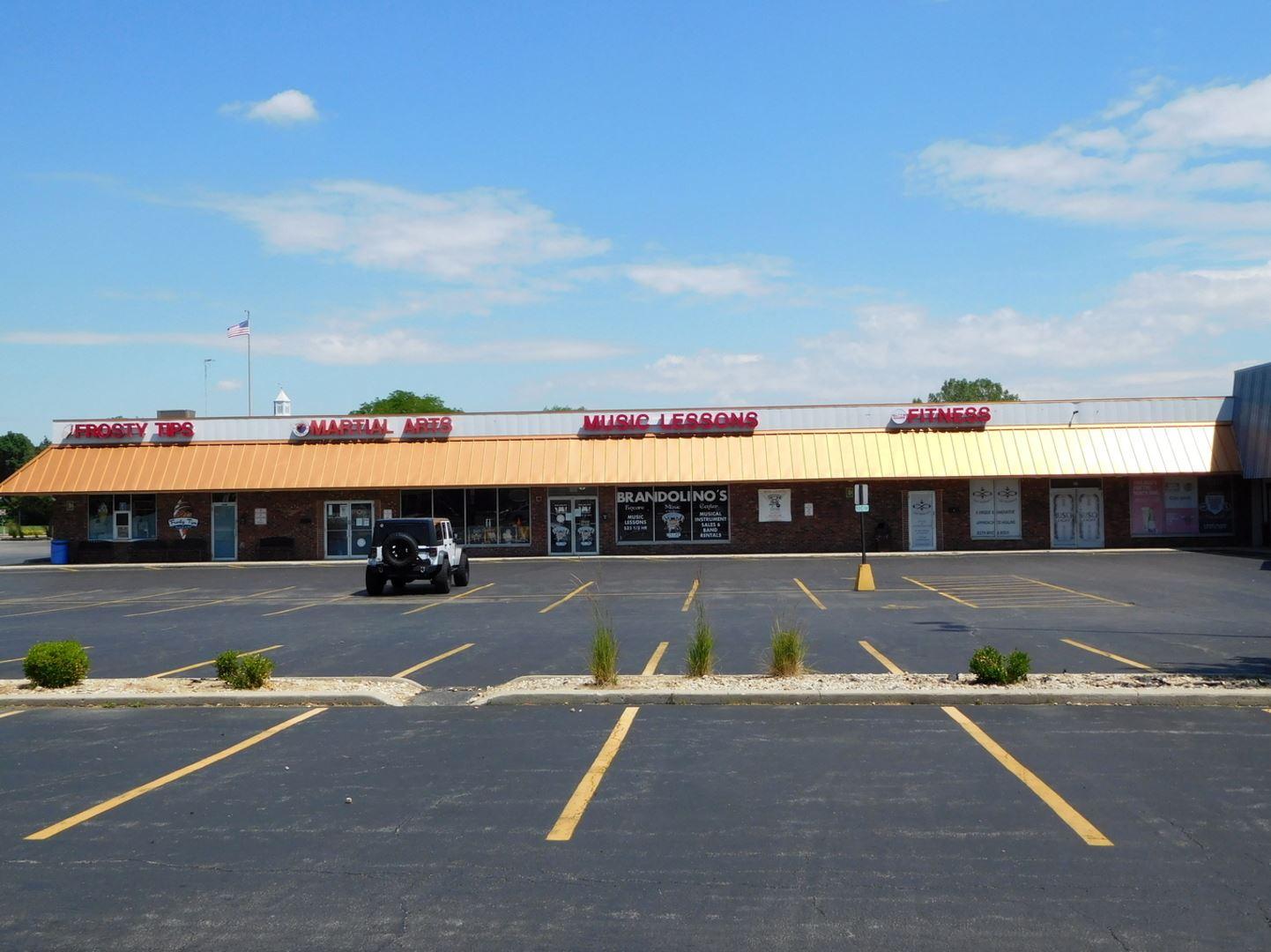 Photo of 700 W JEFFERSON Street #7, Shorewood, IL 60404 (MLS # 11155000)