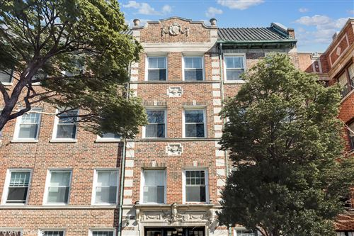 Photo of 2931 N Pine Grove Avenue #3, Chicago, IL 60657 (MLS # 11047005)