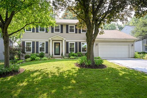 Photo of 3815 Downers Drive, Downers Grove, IL 60515 (MLS # 11170008)