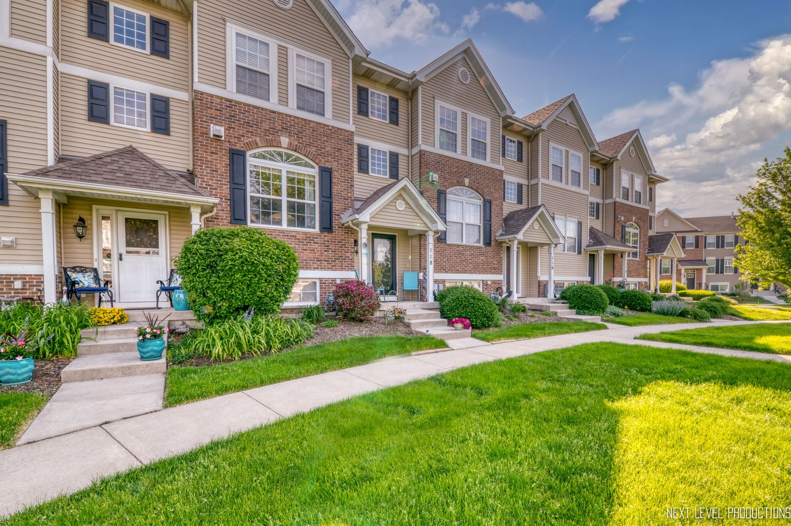 Photo of 118 Lakeshore Drive, Oswego, IL 60543 (MLS # 11090011)