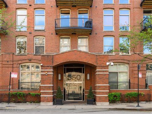 Photo of 550 N KINGSBURY Street #621, Chicago, IL 60654 (MLS # 11111012)