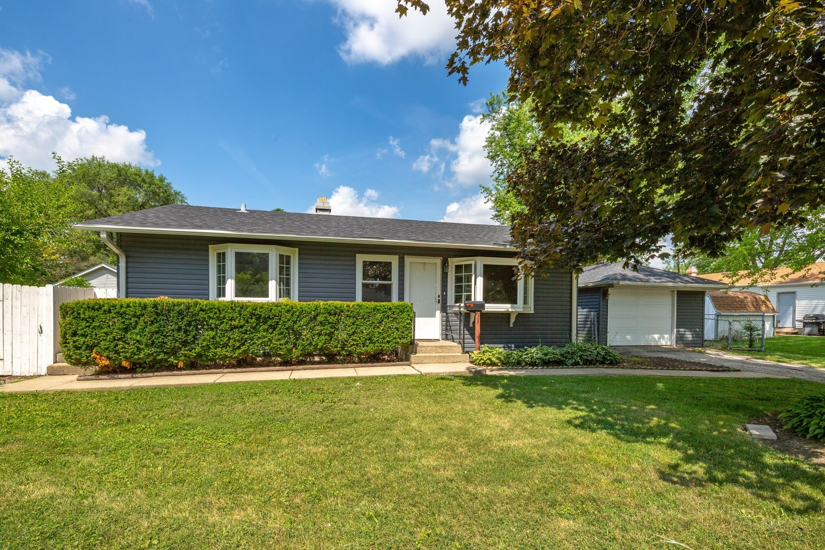 28 saratoga Court, South Elgin, IL 60177 - #: 10777012