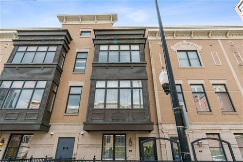 Photo of 125 E 18th Street, Chicago, IL 60616 (MLS # 11082014)