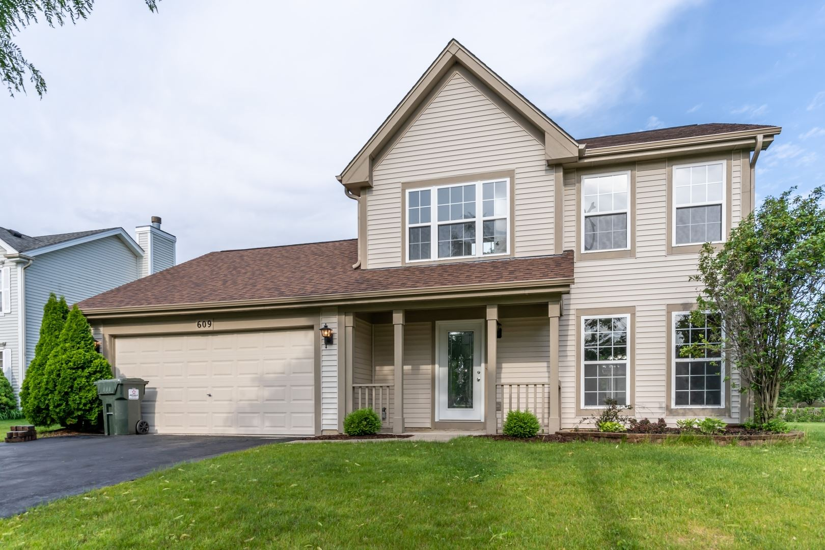 609 Maple Drive, Streamwood, IL 60107 - #: 10751015