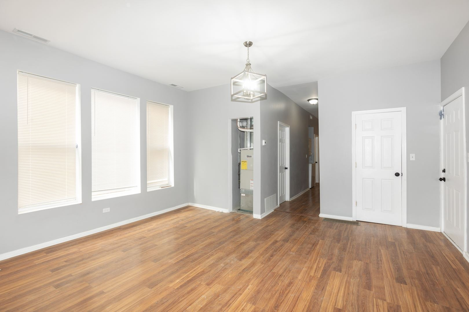 6430 S Carpenter Street, Chicago, IL 60621 - #: 10729016
