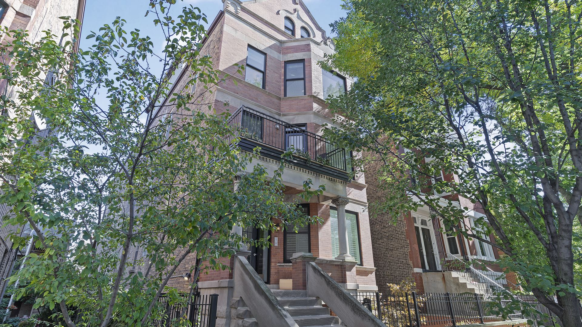 Photo for 1927 N Honore Street #2A, Chicago, IL 60622 (MLS # 10910016)