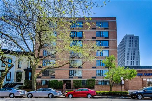 Photo of 2007 N Sedgwick Street #405, Chicago, IL 60614 (MLS # 10725019)