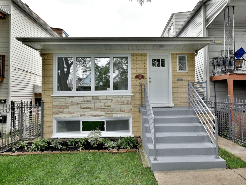 4337 N Lawndale Avenue, Chicago, IL 60618 - #: 10814019