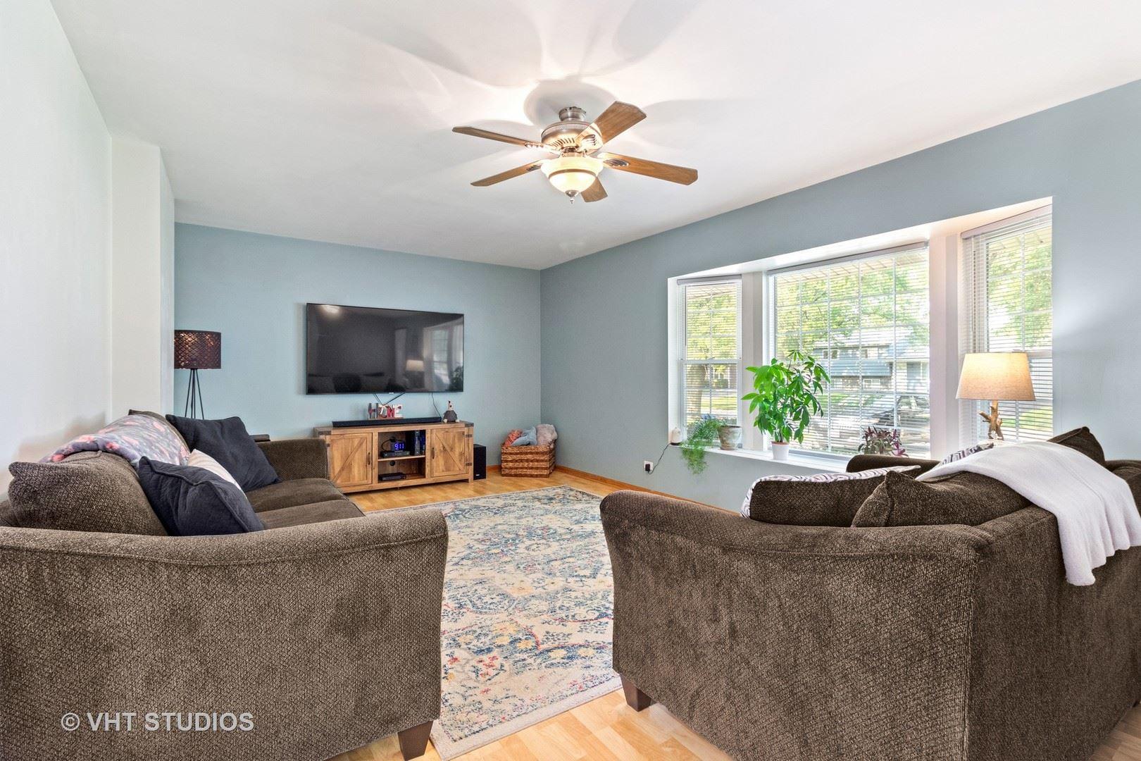 Photo of 208 Meadowbrook Drive, Bolingbrook, IL 60440 (MLS # 11145022)