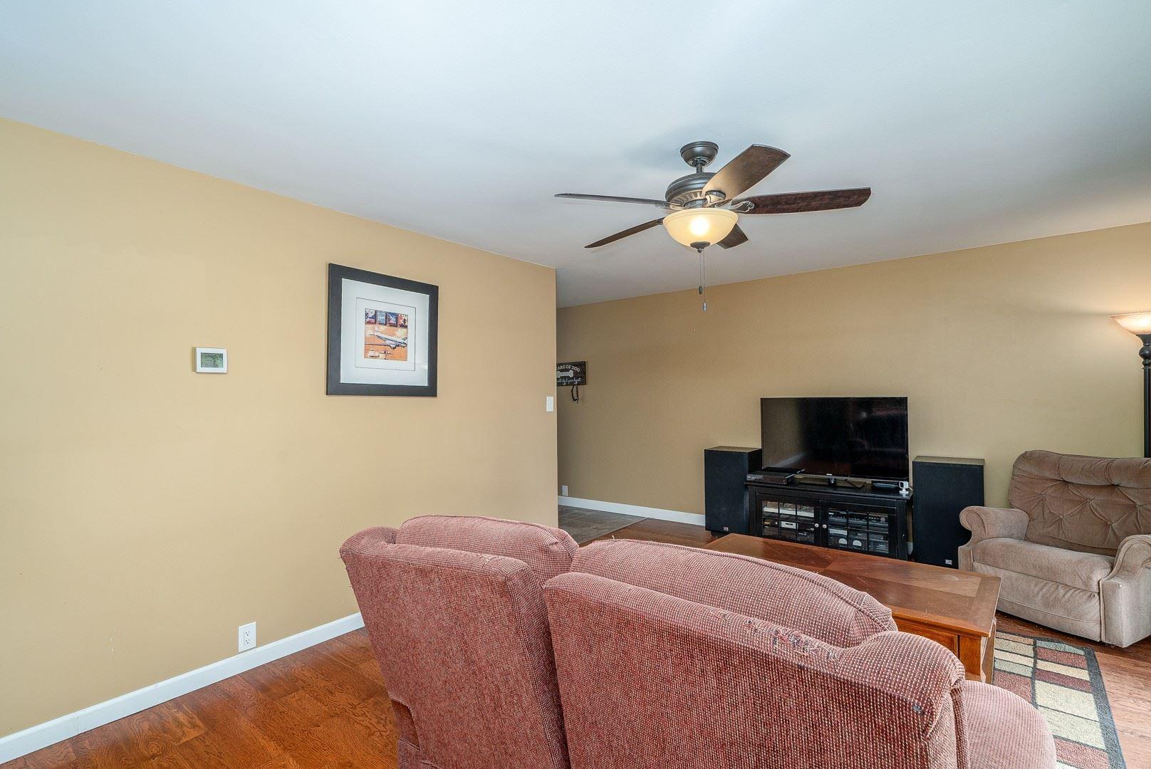 Photo of 785 Geneva Avenue, Romeoville, IL 60446 (MLS # 11123024)