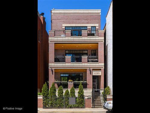 Photo of 1122 W Fullerton Avenue #1, Chicago, IL 60614 (MLS # 11085025)