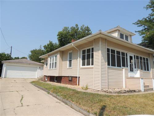 Photo of 915 Joliet Street, Lasalle, IL 61301 (MLS # 10835027)
