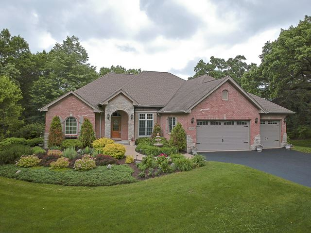 6210 CHICKALOON Drive, McHenry, IL 60050 - #: 10580028