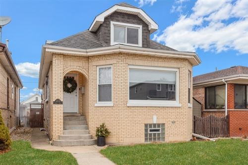 Photo of 4830 West Ainslie Street, Chicago, IL 60630 (MLS # 10635029)
