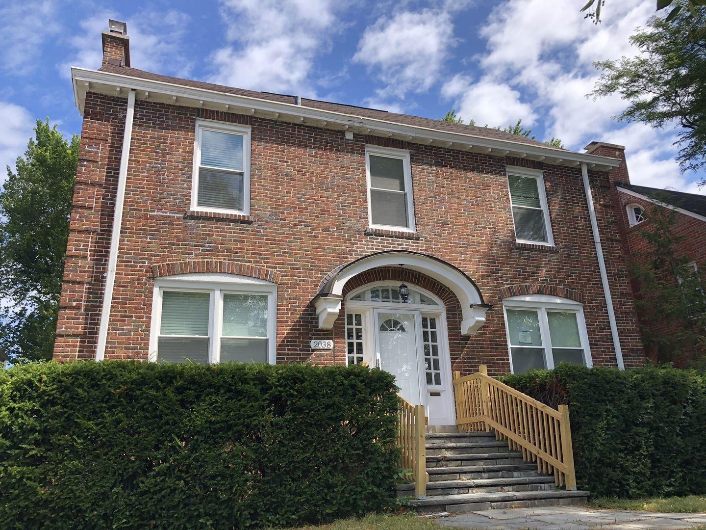 Photo for 2038 Kenilworth Avenue, Wilmette, IL 60091 (MLS # 10808030)