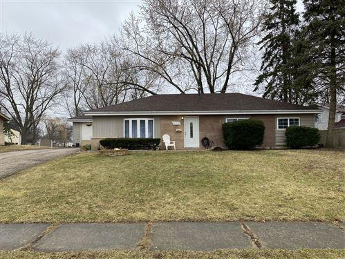 Photo of 325 Newton Street, Hoffman Estates, IL 60169 (MLS # 10679031)