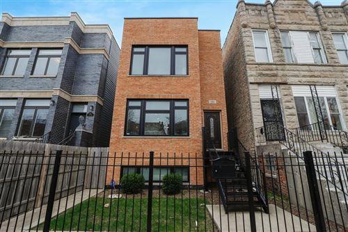 Photo of 535 E 41st Street, Chicago, IL 60653 (MLS # 10723032)