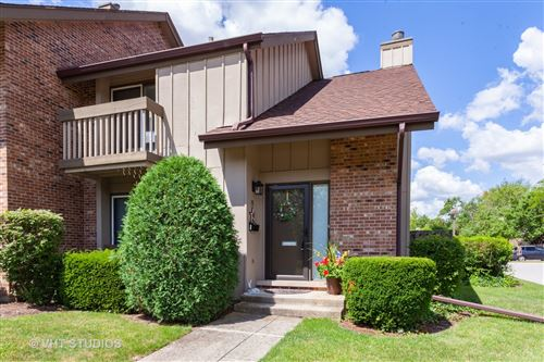Photo of 15 Kane Court, Willowbrook, IL 60527 (MLS # 10782032)