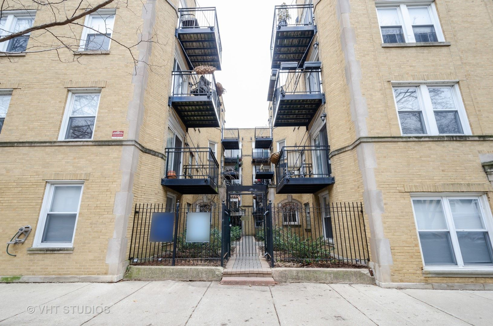7056 N DAMEN Avenue #3, Chicago, IL 60645 - #: 10668032