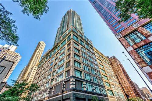Photo of 100 E HURON Street #1302, Chicago, IL 60611 (MLS # 11214033)