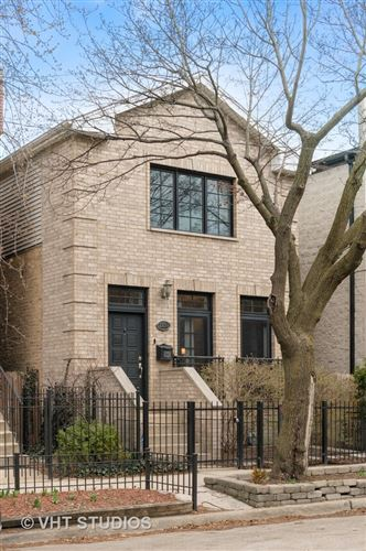 Photo of 2136 W CHURCHILL Street, Chicago, IL 60647 (MLS # 10999034)