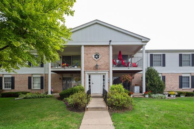 977 Golf Course Road UNIT 1, Crystal Lake, IL 60014 - #: 10494034