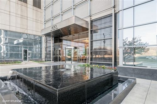 Photo of 600 N Lake Shore Drive #612, Chicago, IL 60611 (MLS # 11222036)