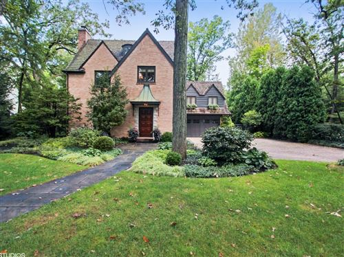 Photo of 570 ROSEMARY Road, Lake Forest, IL 60045 (MLS # 10765037)