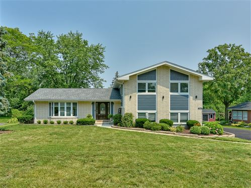 Photo of 7967 Clarendon Hills Road, Willowbrook, IL 60527 (MLS # 11166039)