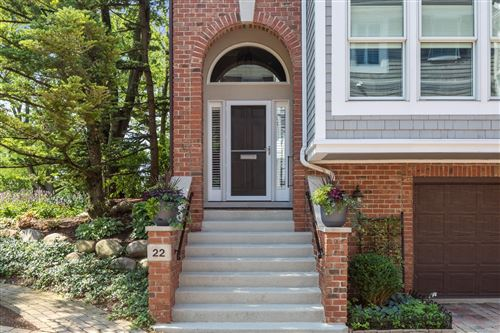 Photo of 22 S Clay Street, Hinsdale, IL 60521 (MLS # 10804040)