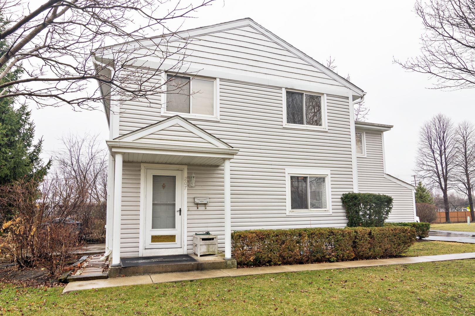 207 Yorkshire Place #15A, Wheeling, IL 60090 - #: 10711041