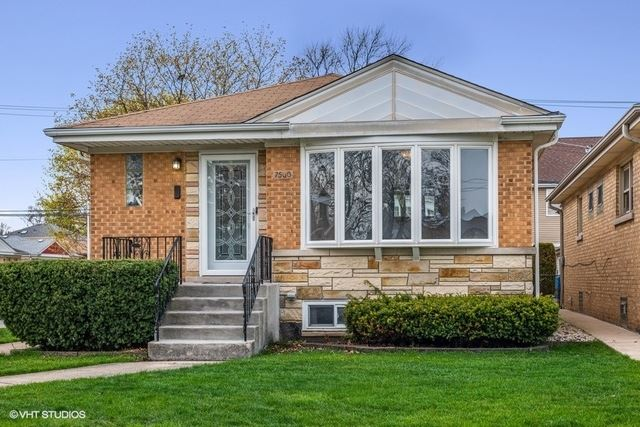 7500 N Overhill Avenue, Chicago, IL 60631 - #: 10702043