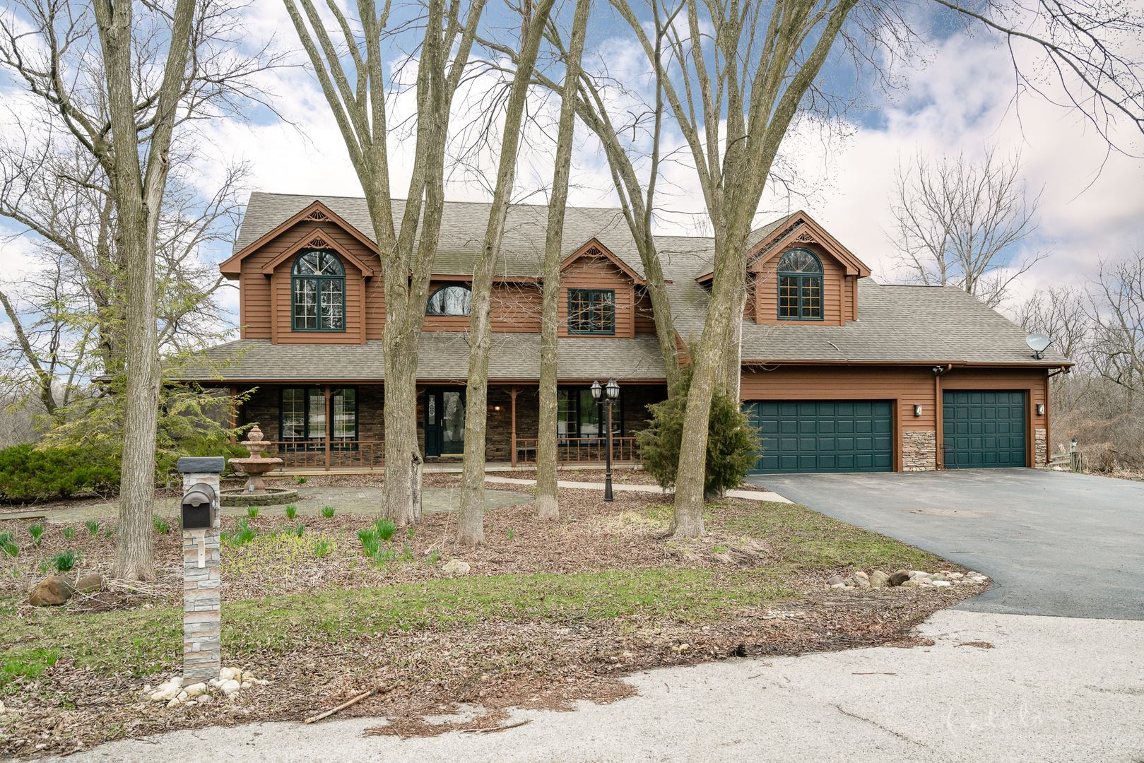 4501 Hillside Court, Crystal Lake, IL 60012 - #: 10682044